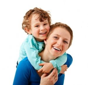 Szczęśliwa Mama i szczęśliwe dziecko